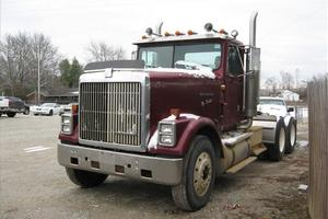 International 9300 semi truck daycab parts | AGA Parts