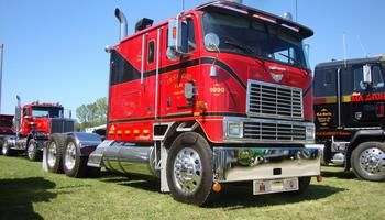 International 9670 highway truck cabover sleeper parts | AGA Parts