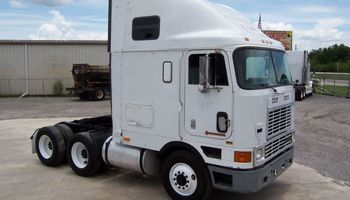 International 9700 highway truck cabover sleeper parts | AGA Parts